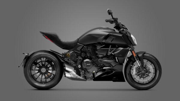 CocMotors – Ducati Diavel 1260 Black 2021