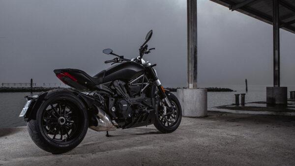 CocMotors – Ducati Diavel Dark