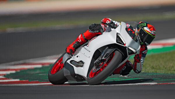 CocMotors – Ducati Panigale V2 beauty 2021