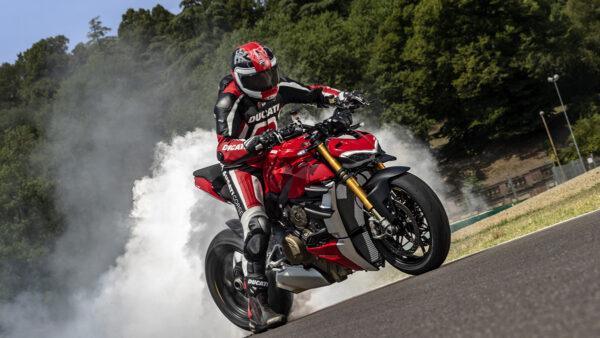 CocMotors – Ducati Streetfighter S beauty