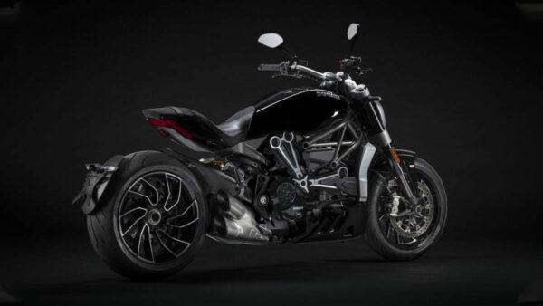 CocMotors – Ducati XDiavel S 2021 slant