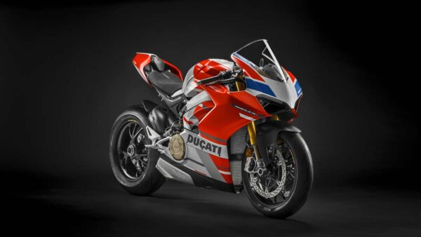 CocMotors-Panigale-V4-Corse-featured