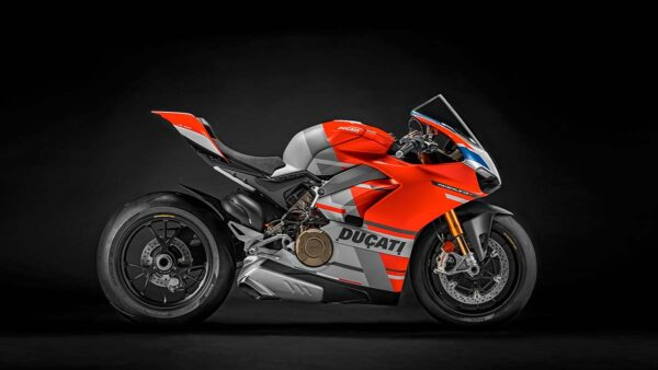 CocMotors-Panigale-V4-Corse-right