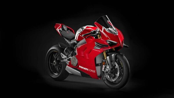CocMotors-Panigale-V4-R-featured