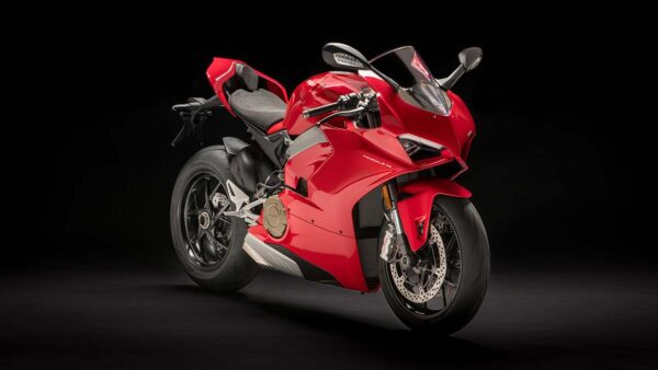 CocMotors-Panigale-V4-featured