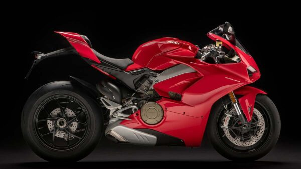 CocMotors-Panigale-V4-right