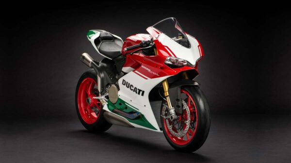 CocMotors-1299-Panigale-R-featured-image