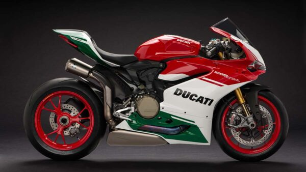 CocMotors-1299-Panigale-R-right