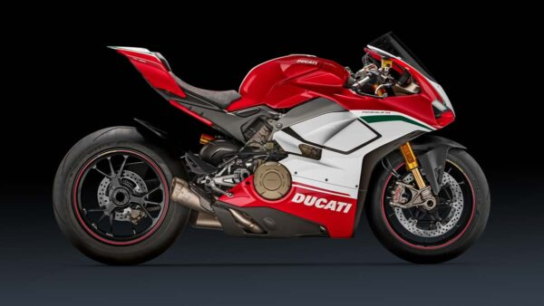 CocMotors-Panigale-Speciale-right