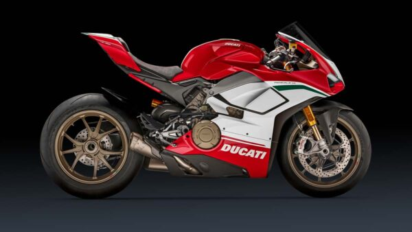 CocMotors-Panigale-Speciale-right-mgw