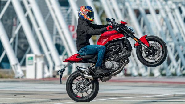CocMotors – Ducati Monster 2021 beauty
